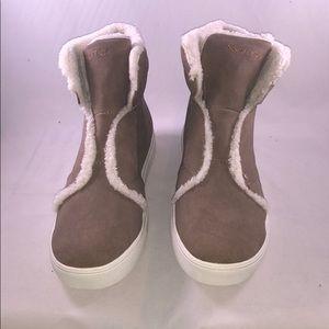 Nautica 9.5 M Women's Kellen High Top Sneakers